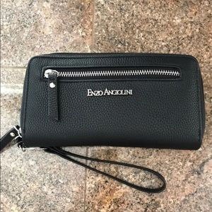 Enzo Angiolini black purse/wallet
